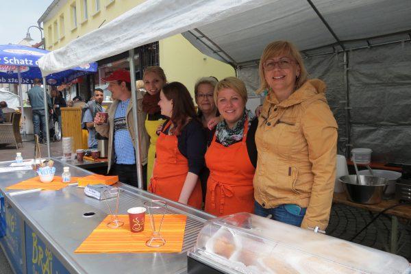 """Bild 10.05.2017 – """"Kunst & Cafe"""" – Magnet für Groß & Klein"""